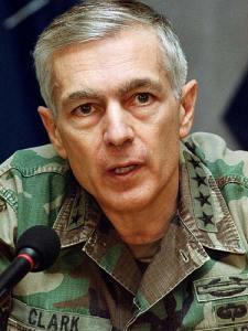 Gepensioneerd generaal Wesley Clark klapte 10 jaar geleden al uit de school over de landen die moesten vallen in de Arabische wereld..!