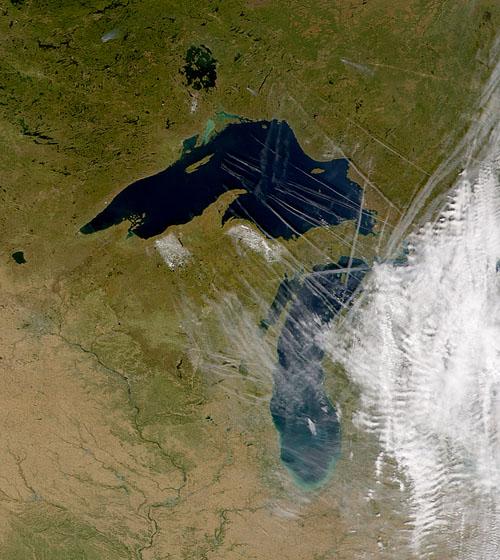 De hardnekkige geruchten die uit de Oekraïne komen, zetten het fenomeen van de chemtrails heftiger op de kaart dan ooit!