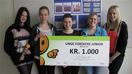 De 5 meiden die met hun WiFi-experiment op tuinkerszaadjes de wereldpers haalden.