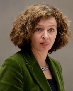 Edith Schippers, bepaalt of jij als patiënt een vrije keuze hebt.. Wat kan de minister zelf voor bewijzen overleggen voor 'aantoonbare efficiency'...?!