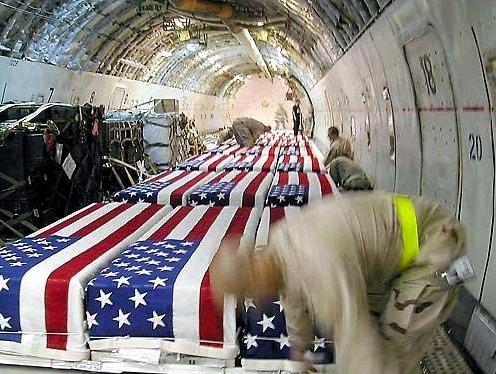 Het gevaar dat Amerikaanse troepen lopen in het Midden-Oosten kon weleens de doorslag hebben gegeven, om Israël niet te steunen in een aanval op Iran.
