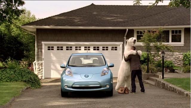 nissan-leaf elektrische auto ijsbeer