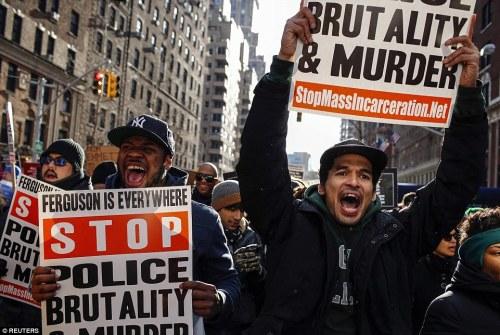 stop police brutality politie