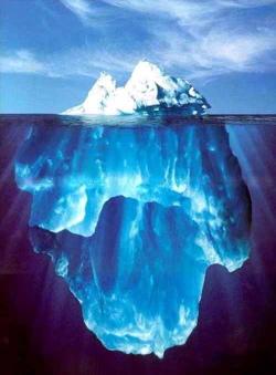 Het bewustzijn is het topje van de ijsberg; het onderbewustzijn herbergt onze worteling met het universele bewustzijn.