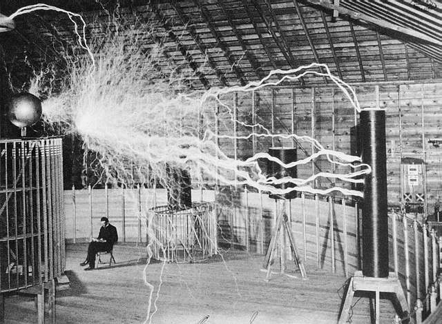 'The Magnifying Transmitter' van Tesla