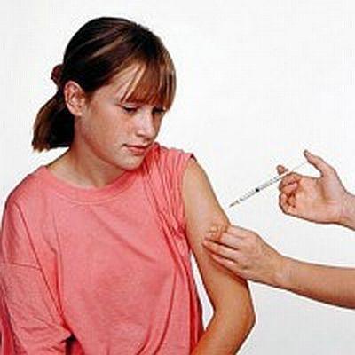 Het HPV-vaccin wordt omschreven als een 'experimenteel' vaccin.. Die omschrijving komt door het onderzoek naar een MRSA-vaccin plotseling in een volledig ander daglicht te staan..!