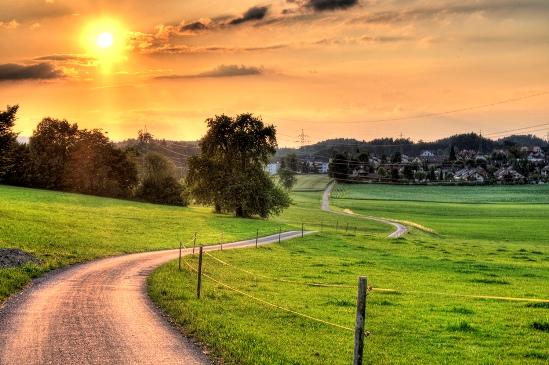 Het pad van 'Zijn': een ultiem reisdoel in oneindigheid? The long and winding road.