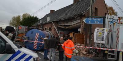 Ghislenghien : un tracteur démoli un restaurant