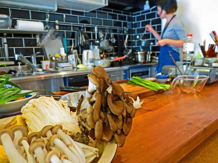 Osaka Cooking Class - Experieat