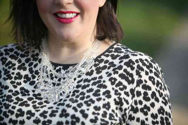 wardrobe oxygen over 40 fashion blogger featuring baublebar