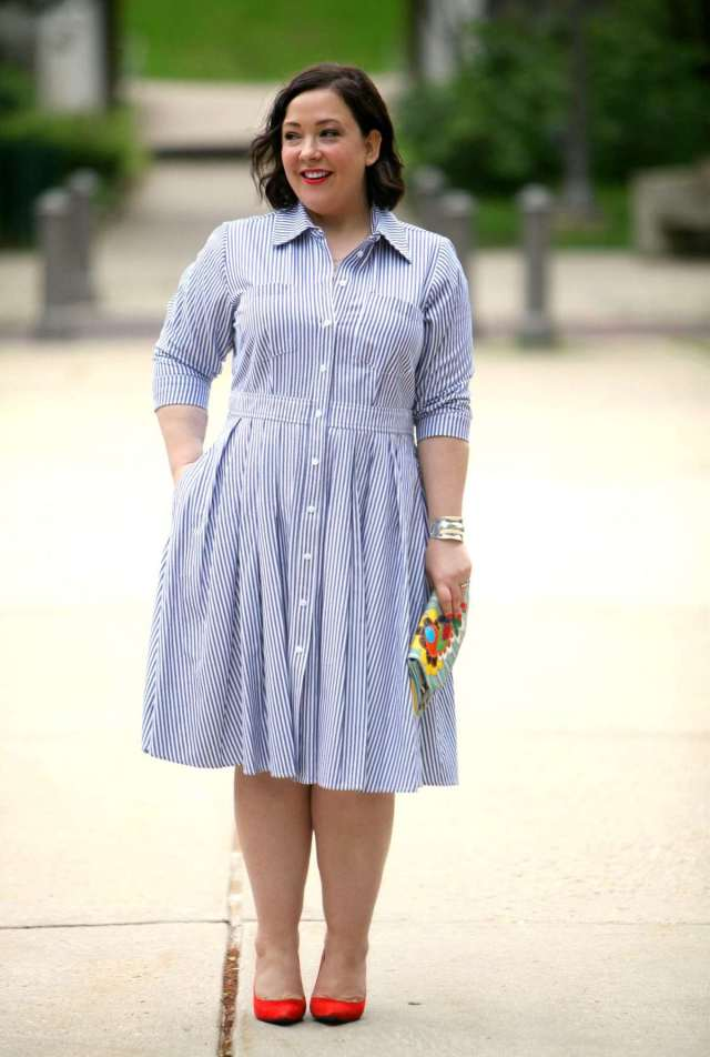 Wardrobe Oxygen: Over 40 fashion blogger wearing an Eliza J shirt dress and Nine West orange pumps