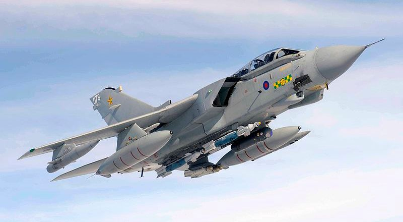 RAF Tornado, 15 Squadron, RAF Lossiemouth, by SAC Scott Ferguson (Crown, OGL, 2009)