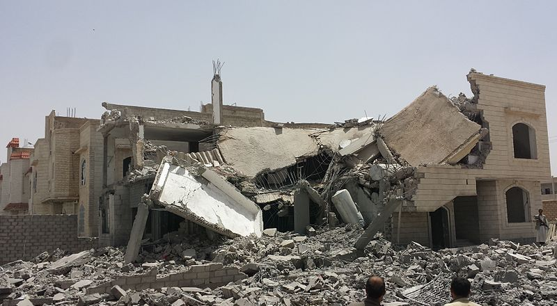 Yemen, destroyed house in the south of Sanaa by Ibrahem Qasim 2015 (CC4) [800px]