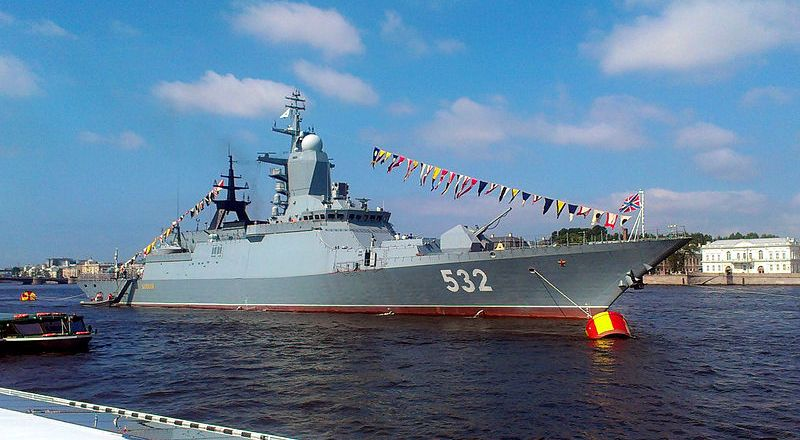 Russian Navy Baltic Fleet corvette Boikiy in St Petersburg, 26 July 2013, by Radzuin (CC3) [800px]