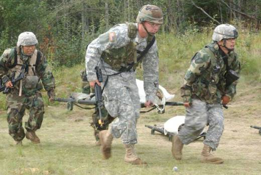 US Army 101st Airborne Div, 17th Cavalry Reg, 7th Squadron, casualty evacuation during competition at Fort Wainwright, Alaska, 1 Aug 2007