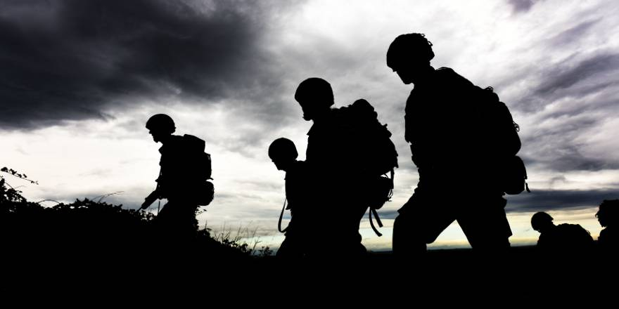 British Army, Army Air Corps, SNCOs on leadership course, Bulford (Crown Copyright, 2015)