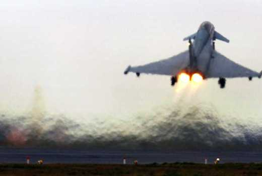 RAF Typhoon take-off, RAF Coningsby (Crown Copyright, 2006) [880]