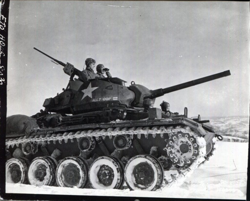 M 24 Chaffee: Is there anything it can't do?