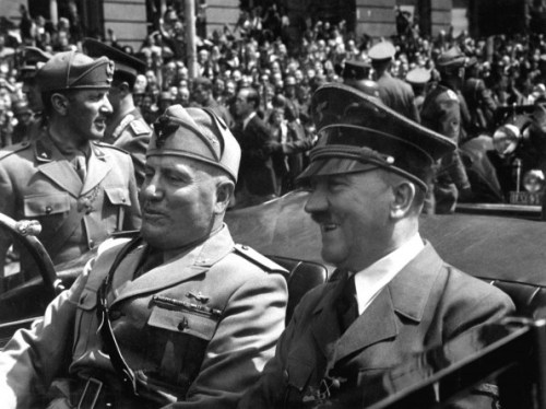 Hitler_and_Mussolini_June_1940-595x445