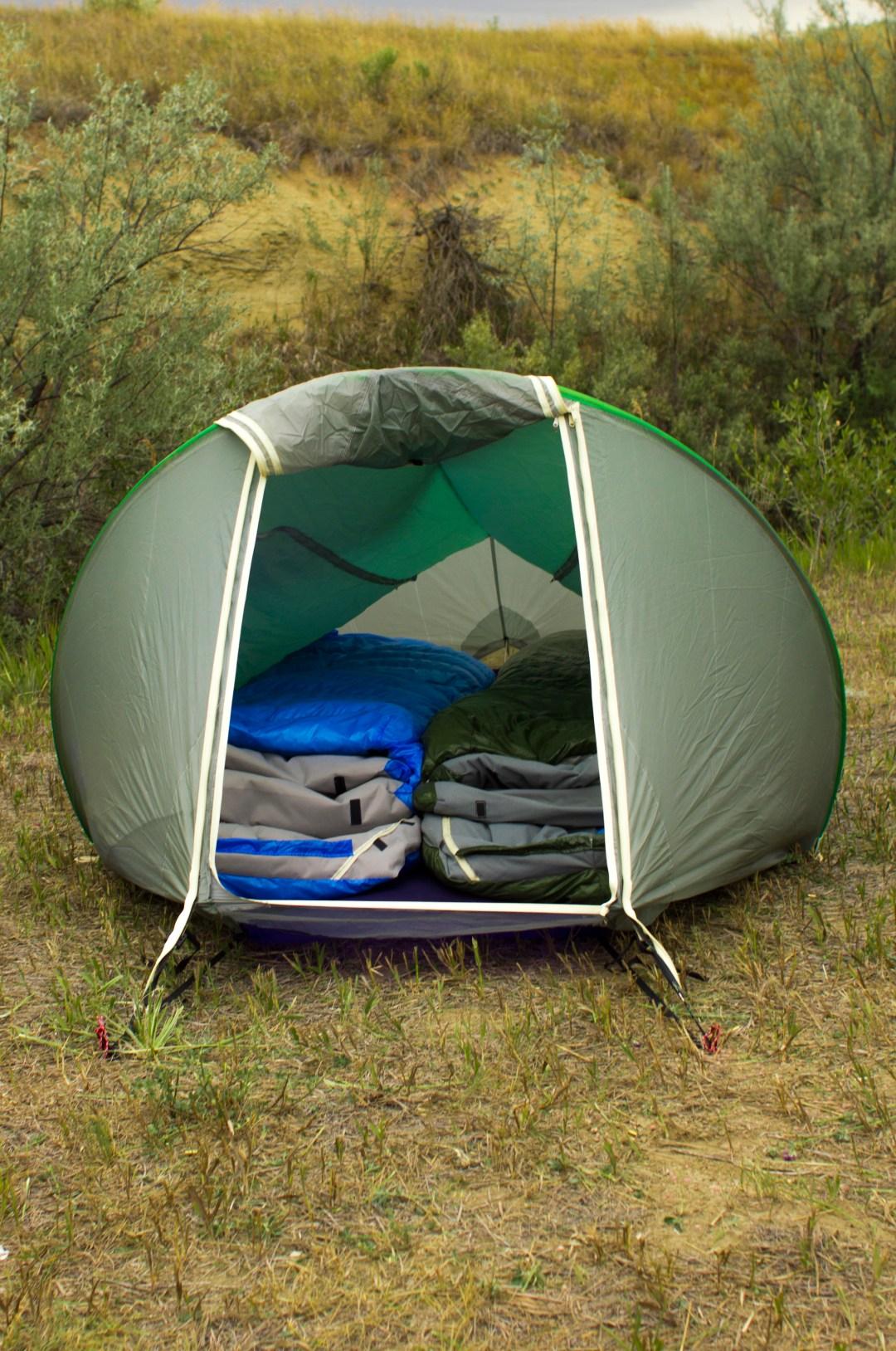 sleeping bags in tent warmlite