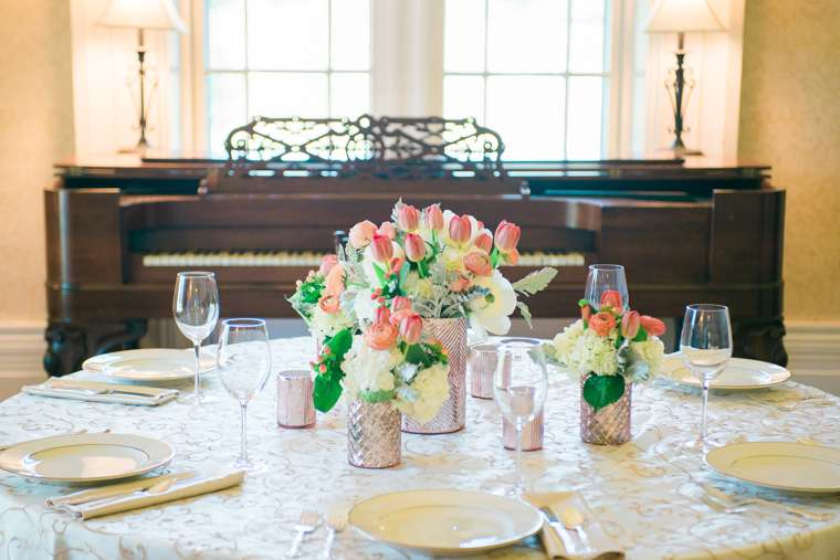 Ivory, gold and blush table setting in Warrenwood Manor by Stems LLC and Bryant's Rent All