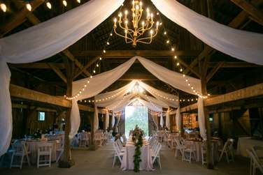Southern glam rustic barn reception