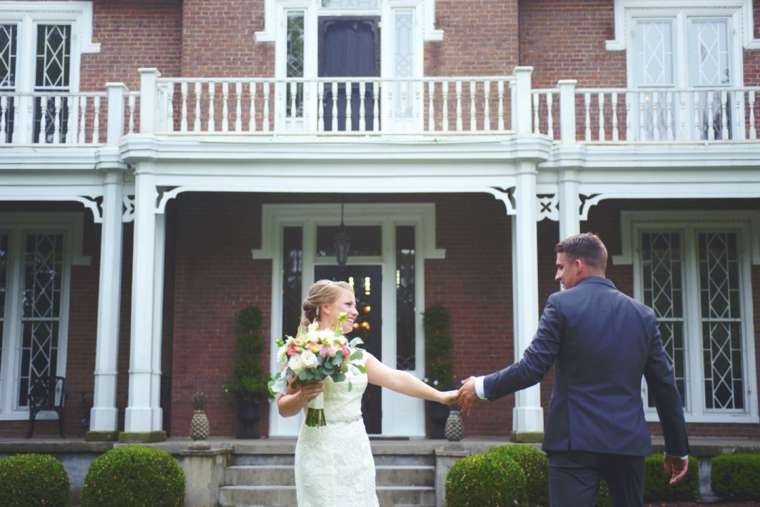 Bride & Groom in front of Kentucky historic mansion