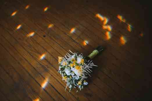 White and yellow summer bridal bouquet, photo by Daring Tales of Darling Bones