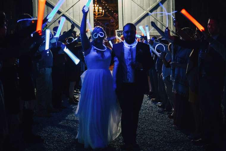 Creative Wedding Send Off | Lightsabor and glow stick send off