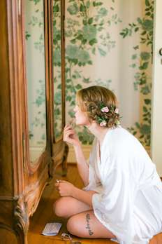 Bride getting ready at Warrenwood Manor