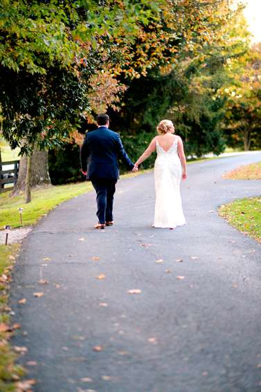 Bride and groom at fall Warrenwood Manor wedding in Danville, Kentucky