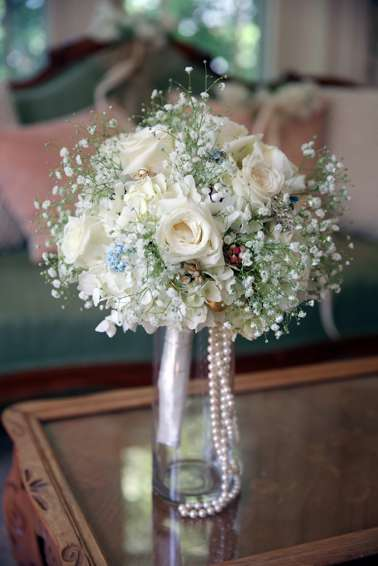 Vintage glam bridal bouquet in white, pink and blue