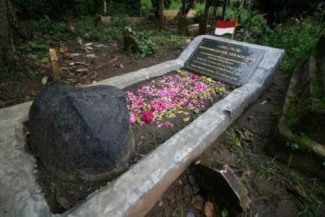 Makam pahlawan nasional Tan Malaka di lereng gunung Wilis Desa Selopanggung Kediri, Jawa Timur