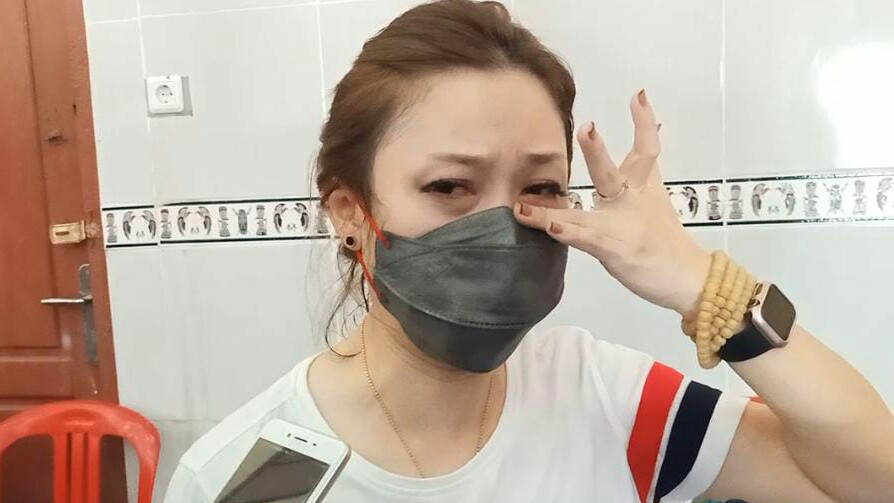 Air Mata Pelatih Wushu Jatim Tumpah Dipelukan Atlet