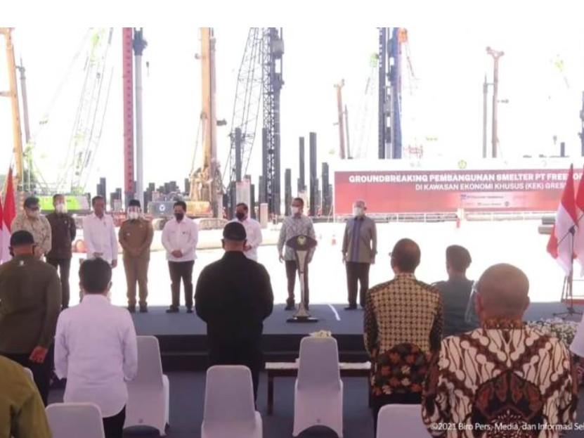 Dampingi Presiden Jokowi Resmikan Smelter di Gresik Gubernur Khofifah Sebut Ini Proyek Strategis