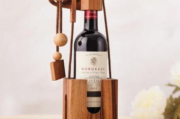 Flaschenpuzzle aus edlem Holz - Geschenke für Weinkenner Weinliebhaber Geschenke für Männer kaufen Männergeschenke