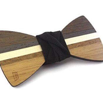 Fliege aus Holz als Weihnachtsgeschenk für den Mann