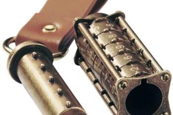 64gb Kryptex USB Stick mit Anhänger Männerspielzeug kaufen – Männerspielzeuge finden – Spielzeug für Männer finden – bestes Männerspielzeug – Männerspielzeug im Vergleich