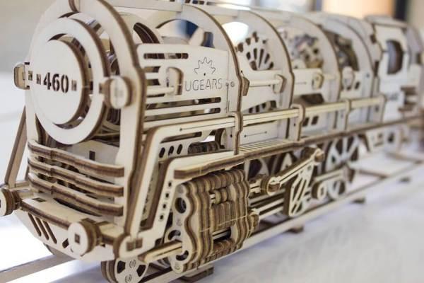 Holzbausatz - besten Holzmodell kaufen - Bausatz aus Holz - Geschenkidee und Männerspielzeug - Lokomotive aus Holz 2