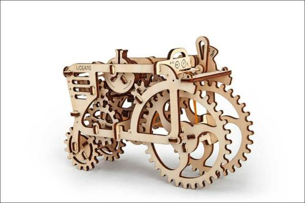 Holzbausatz - besten Holzmodell kaufen - Bausatz aus Holz - Geschenkidee und Männerspielzeug - Traktor aus Holz 2 Männerspielzeug kaufen – Männerspielzeuge finden – Spielzeug für Männer finden – bestes Männerspielzeug – Männerspielzeug im Vergleich