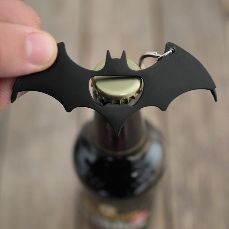 Aussergewöhnliche Flaschenöffner ungewöhnlich Kapselheber ausgefallen Bieröffner - coole, besondere, beste, originelle, aus Holz - Batman Batarang