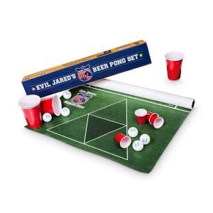 evil-jareds-beer-pong-set-bestes-bier-pong-set-kaufen 2 Geschenk für Männer kaufen Männerspielzeug kaufen – Männerspielzeuge finden – Spielzeug für Männer finden – bestes Männerspielzeug – Männerspielzeug im Vergleich