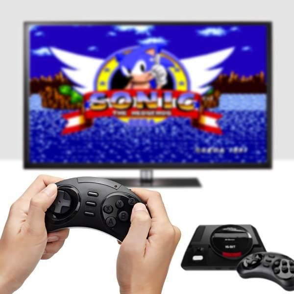 Die 4 besten Mini-Retro-Konsolen – 110% Liebe! www.was-maenner-wollen.de Sega Mega Drive HD Retro Konsole Nostalgische 16Bit Konsole Console Männerspiezeug Männerspielzeuge
