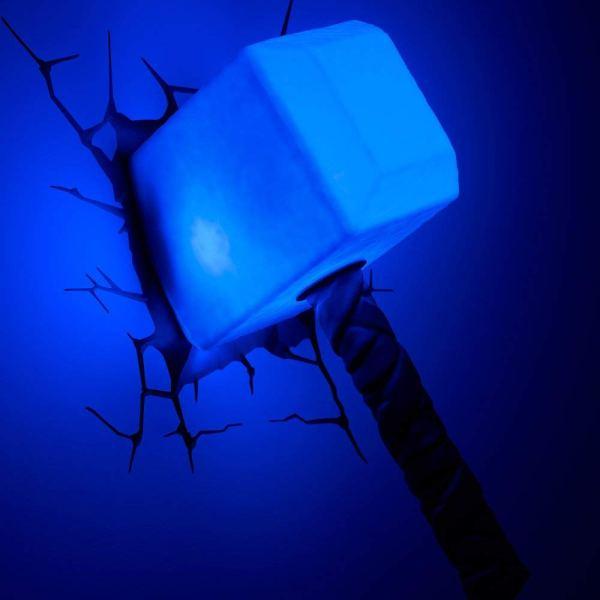 Superhelden 3D Wandleuchten – Optisch ein Highlight - Thor HammerSuperhelden 3D Wandleuchten – Optisch ein Highlight - Thor Hammer