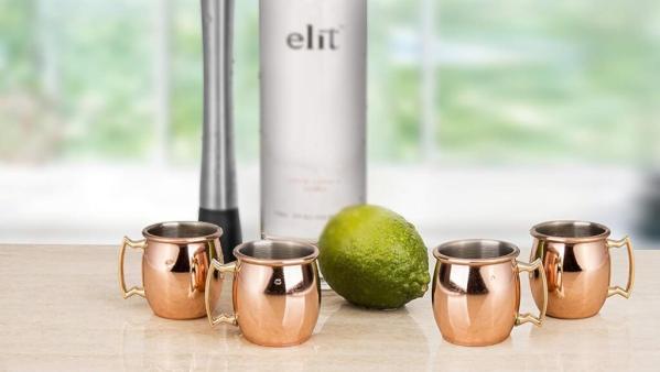 9 4 Moscow Mule runde polierte Schnapsgläser - Edle Kupferbecher - Moscow Mule Shot Becher - Tequila Gläser - Schnaps Becher - Stamperl - Pinneken - Pinnchen - Schott Glas - Gläser Set