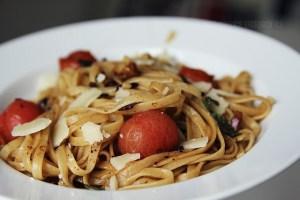 Spaghetti mit Salbei-Nussbutter / was eigenes Blog