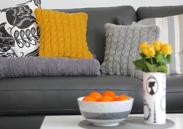 diy gestrickte sofakissen. Black Bedroom Furniture Sets. Home Design Ideas
