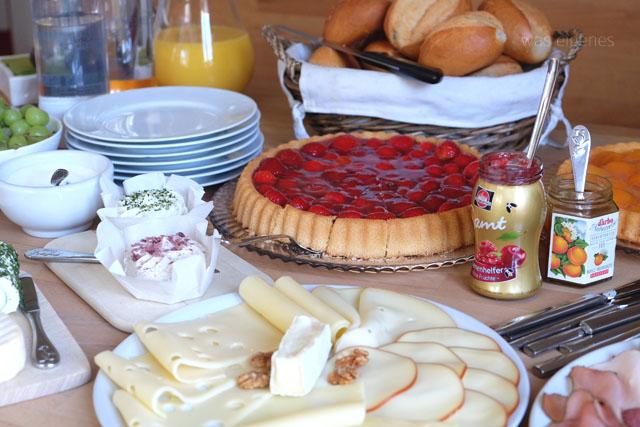 12von12-juni-2015-was-eigenes-blog-fruehstuecksbuffet