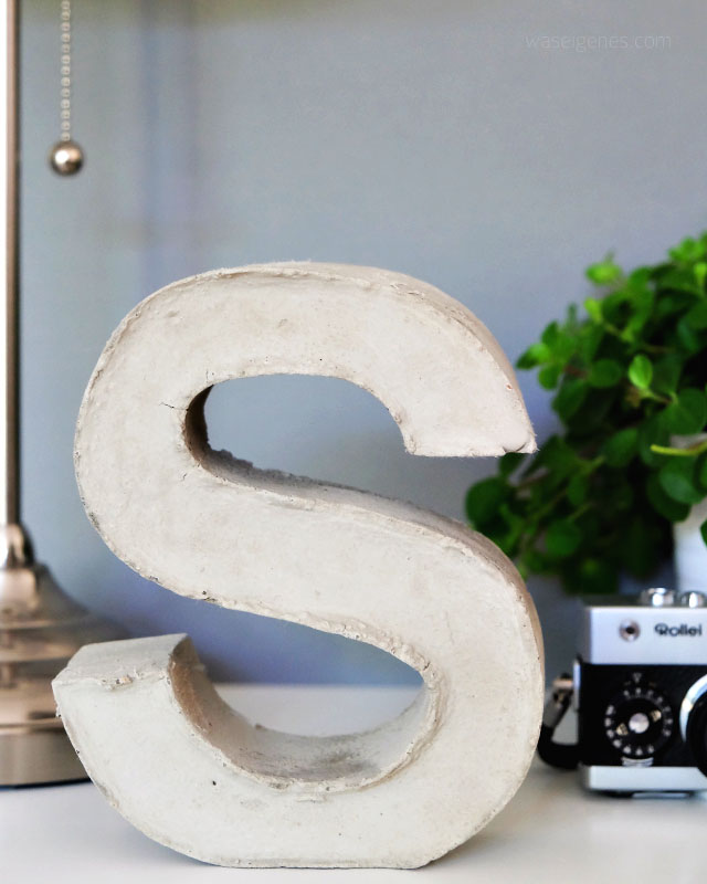 DIY Beton Buchstaben selber machen | Brigitte Kreativ Heft | waseigenes.com