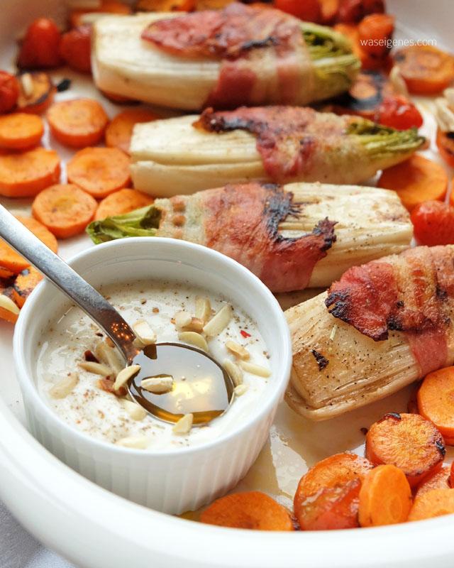 Chicoree im Speckmantel mit Moehren, Tomaten und Mandel-Soja-Joghurt | waseigenes.com 4